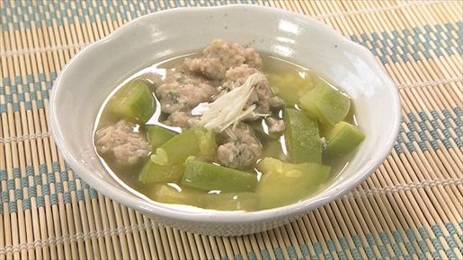 ぐるめペコと鶏ひき肉だんごのスープ煮